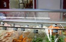 drzwi wahadłowe sklep spożywczy
