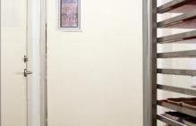 drzwi wahadłowe do marketu