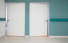 drzwi higieniczne dla inwestycji w sektorze publicznym