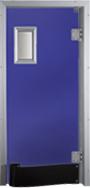 Drzwi w kolorze fioletowym